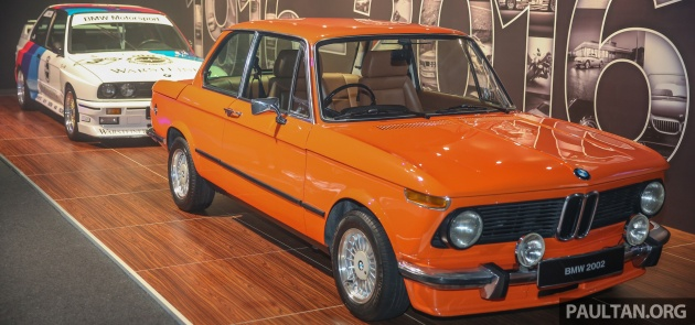 BMW_2002_M3DTM-1