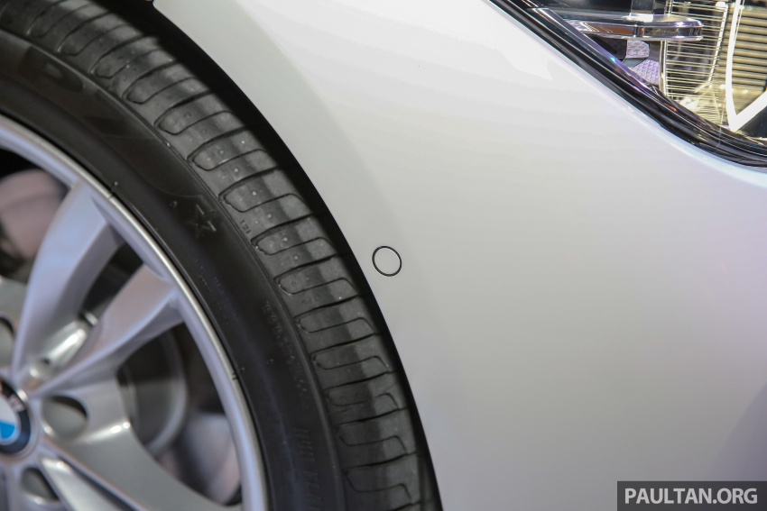 BMW 330e iPerformance Sport plug-in hybrid kini di Malaysia – 0-100 km/j 6.1 saat, 2.1l/100km, RM249k Image #540548