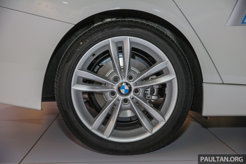 BMW 330e iPerformance Sport plug-in hybrid kini di Malaysia – 0-100 km/j 6.1 saat, 2.1l/100km, RM249k Image #540574