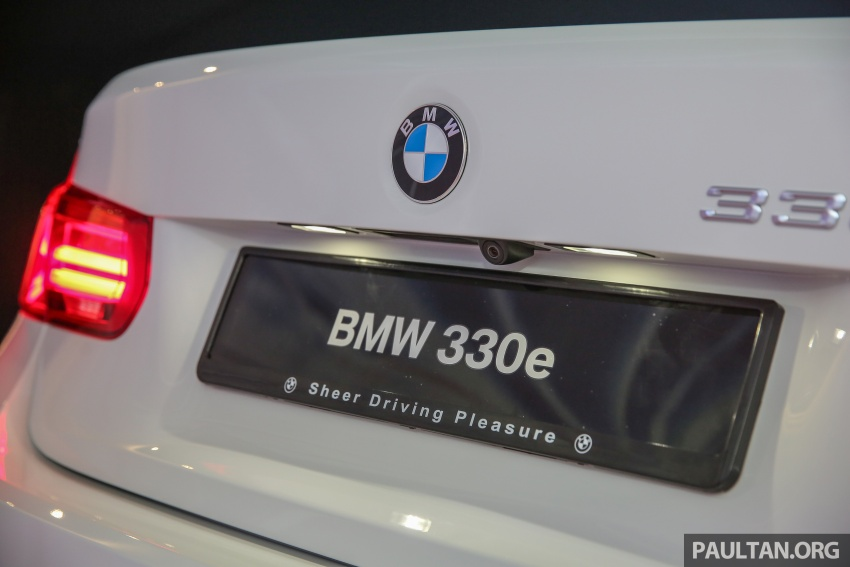 BMW 330e iPerformance Sport plug-in hybrid launched in Malaysia: 0-100 km/h 6.1 sec, 2.1 l/100 km, RM249k Image #540540