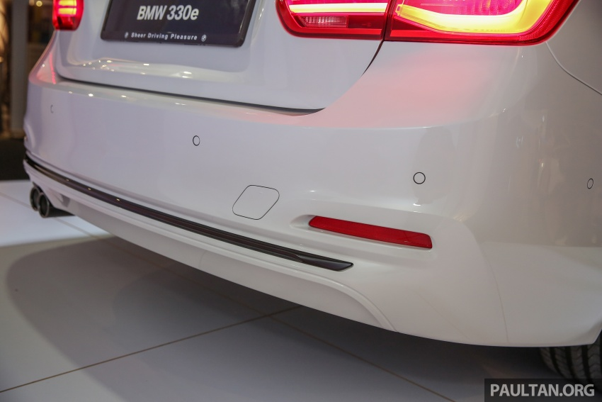BMW 330e iPerformance Sport plug-in hybrid kini di Malaysia – 0-100 km/j 6.1 saat, 2.1l/100km, RM249k Image #540586