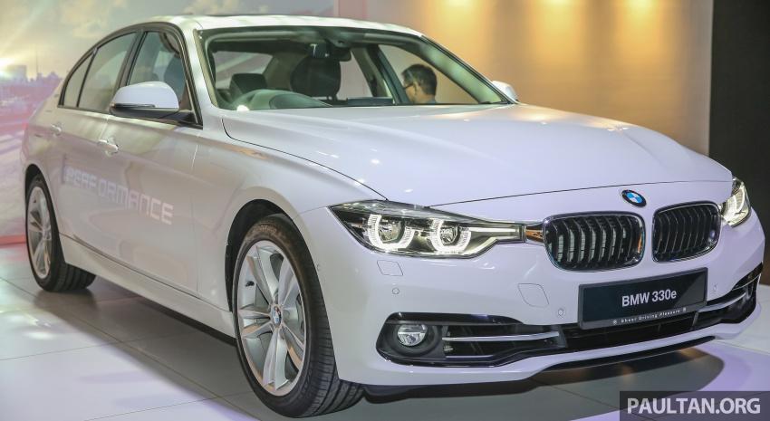 BMW 330e iPerformance Sport plug-in hybrid kini di Malaysia – 0-100 km/j 6.1 saat, 2.1l/100km, RM249k Image #540530