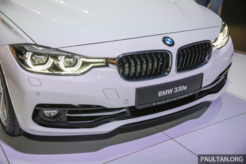 BMW 330e iPerformance Sport plug-in hybrid kini di Malaysia – 0-100 km/j 6.1 saat, 2.1l/100km, RM249k Image #540532