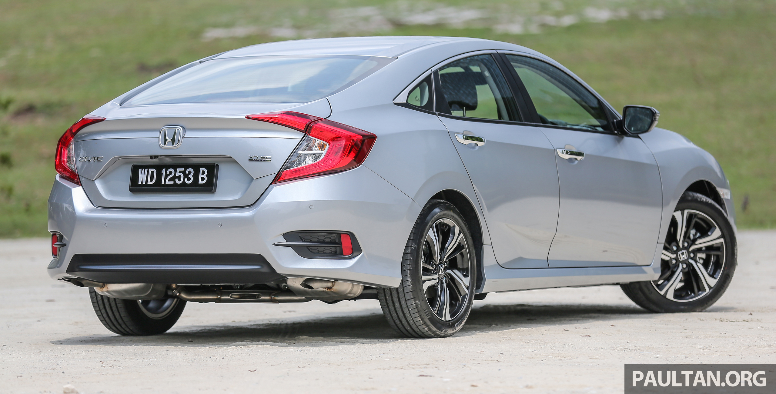 Back to Story: GALLERY: 2016 Honda Civic 1.5T Premium in Malaysia