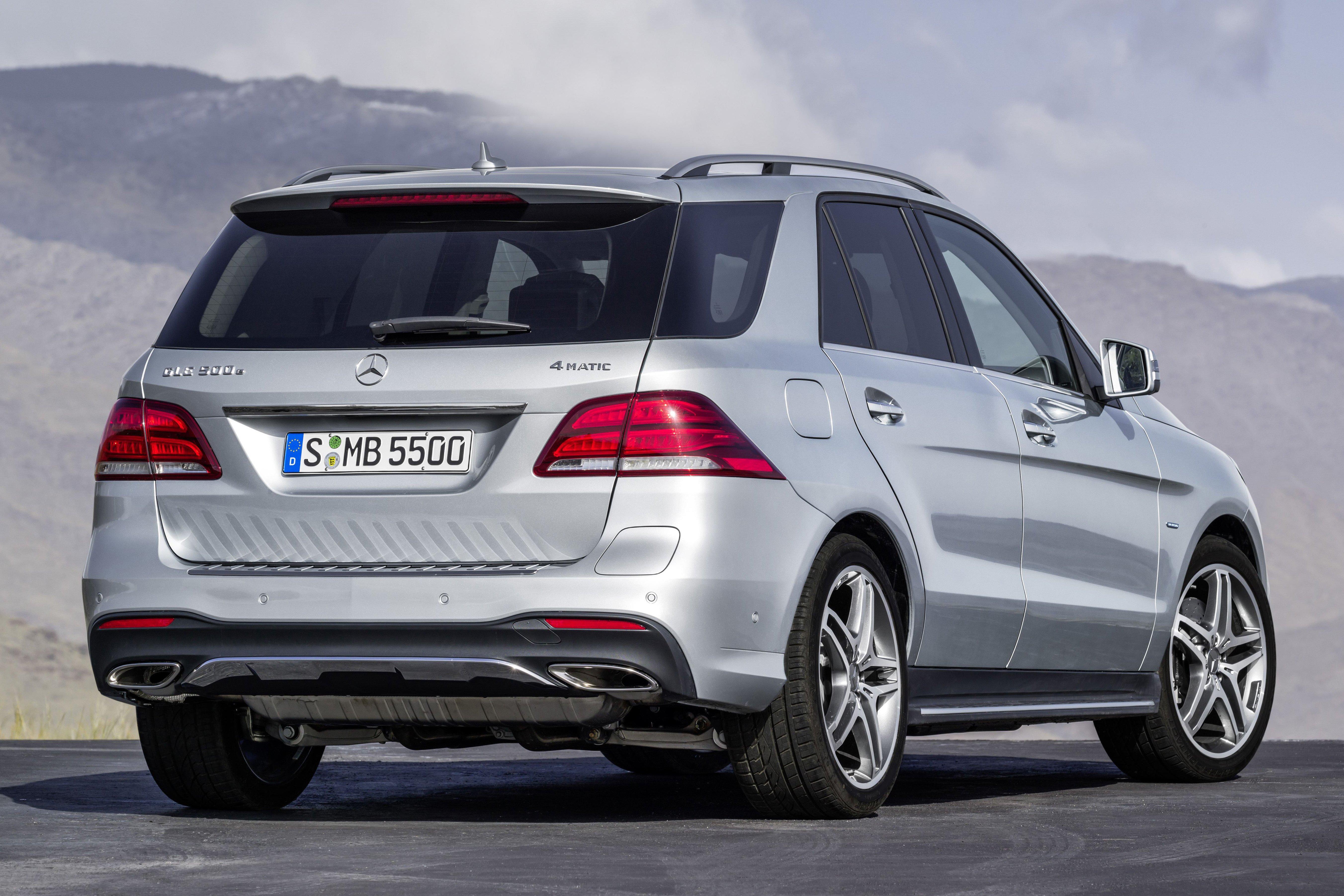 Mercedes benz gle 500e 4matic plug in hybrid suv for Mercedes benz 500 e