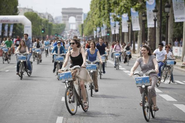 Paris Car Free Day Sept 25 1
