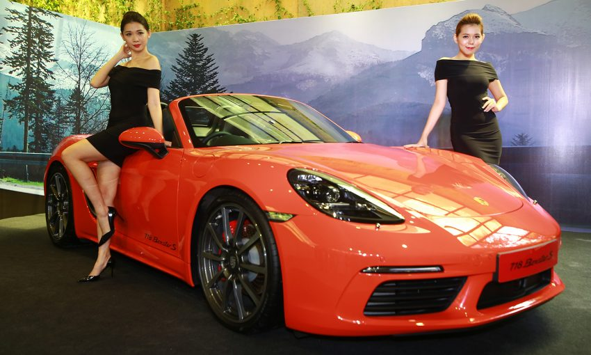 Porsche 718 Boxster launched in M'sia, from RM480k Image #528494