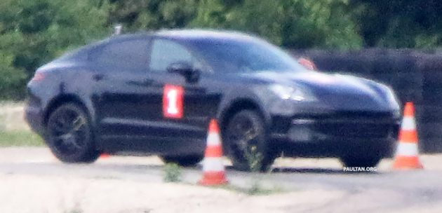 Spyshots Porsche Cayenne Coupe Spotted Testing