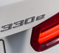 The new BMW 330e (13)