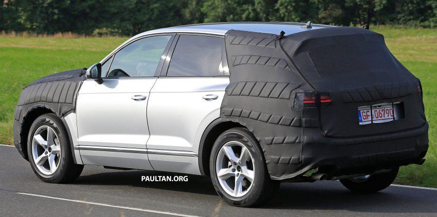 SPYSHOTS: 2017 Volkswagen Touareg spotted testing Image #536292