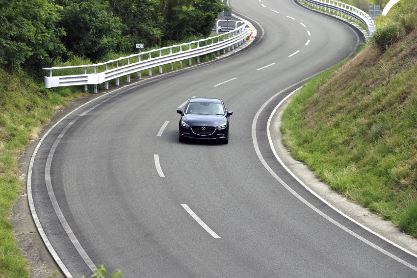 DRIVEN: 2017 Mazda 3 facelift – first impressions of the new G-Vectoring Control system Image #549698