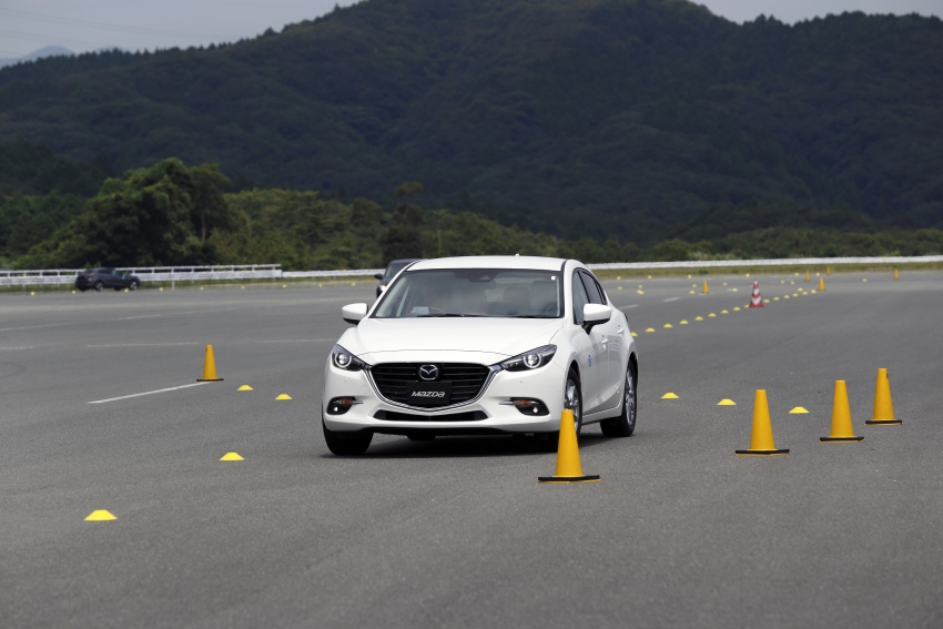 DRIVEN: 2017 Mazda 3 facelift – first impressions of the new G-Vectoring Control system Image #549703