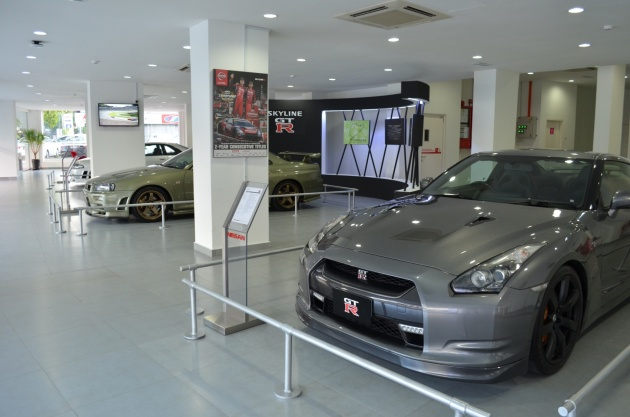 04_gt-r-heritage-exhibition_right-view