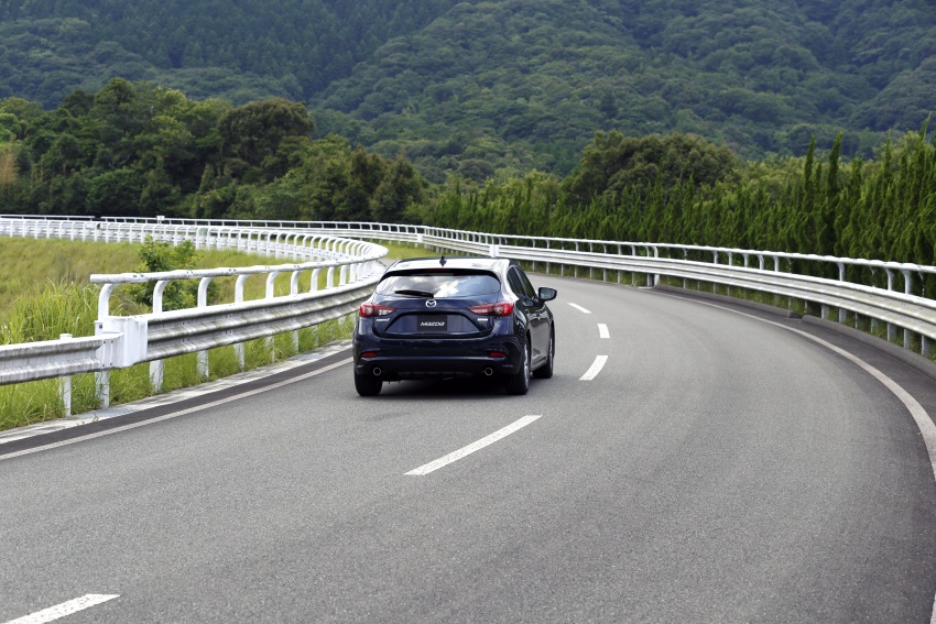 DRIVEN: 2017 Mazda 3 facelift – first impressions of the new G-Vectoring Control system Image #549715
