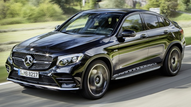 Mercedes-AMG GLC 43 4MATIC Coupé; Outdoor; 2016, Exterieur: Obsidianschwarz ;Kraftstoffverbrauch kombiniert:  8,4 l/100 km, CO2-Emissionen kombiniert: 192 g/km Mercedes-AMG GLC 43 4MATIC Coupé; Outdoor; 2016,exterior: obsidian black; Fuel consumption, combined:   8.4 l/100 km, CO2 emissions, combined:  192 g/km