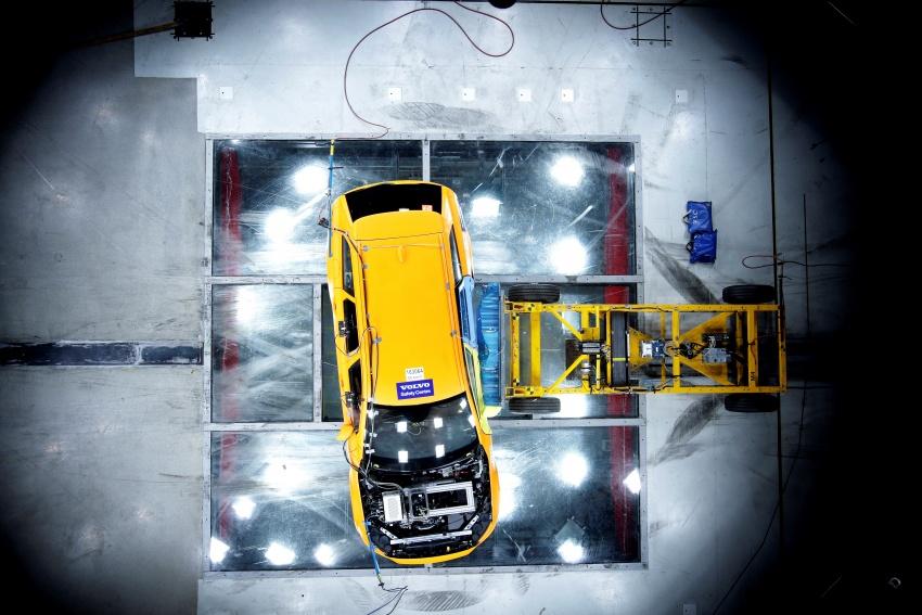 Volvo V90 Cross Country – wagon serba boleh generasi baharu kini diperkenalkan secara rasmi Image #550101
