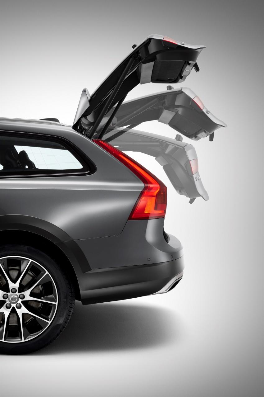 Volvo V90 Cross Country – wagon serba boleh generasi baharu kini diperkenalkan secara rasmi Image #550090