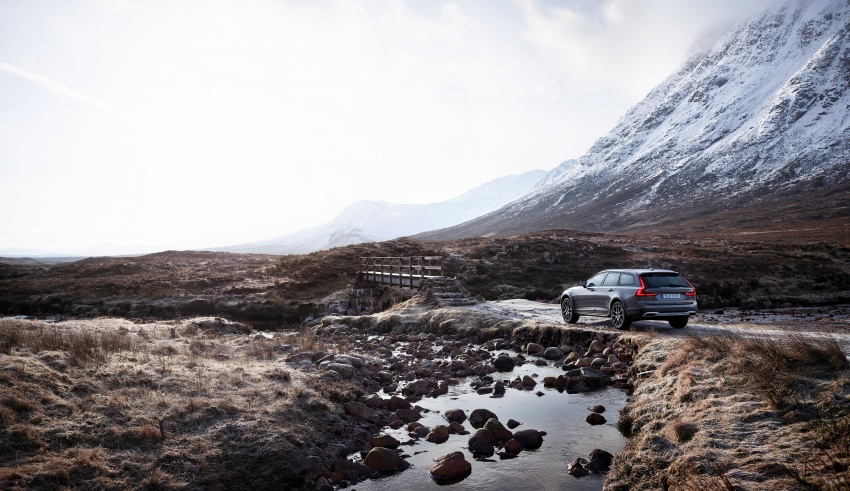 Volvo V90 Cross Country – new off-road wagon debuts Image #549804
