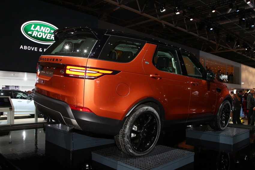 New Land Rover Discovery: full 7-seater, 480 kg lighter Image #558320