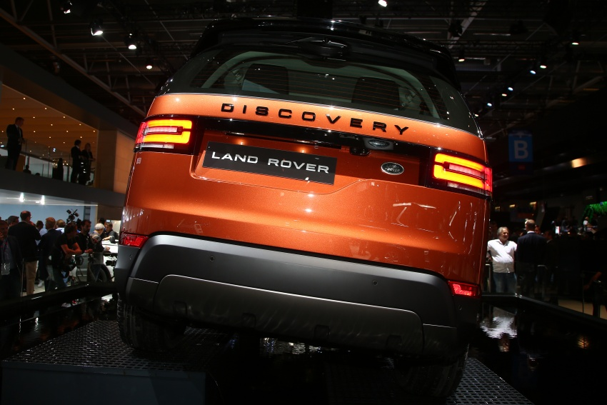 New Land Rover Discovery: full 7-seater, 480 kg lighter Image #558322
