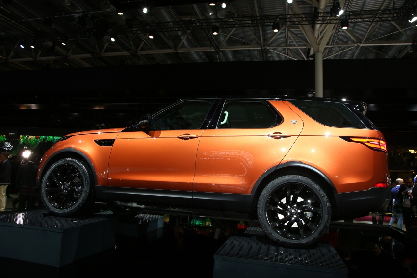 New Land Rover Discovery: full 7-seater, 480 kg lighter Image #558319