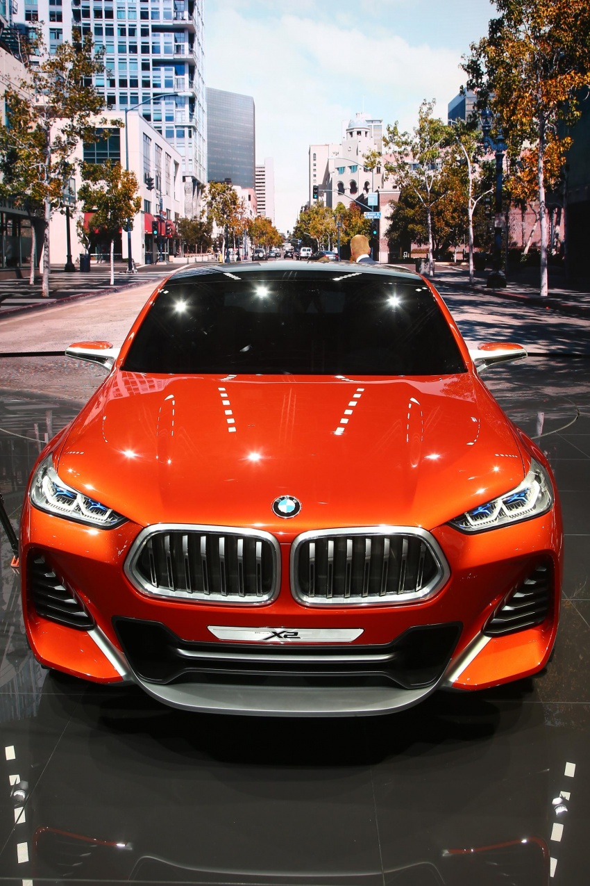 BMW Concept X2 unveiled in Paris – it's the 'X1 Coupe' Image #558289
