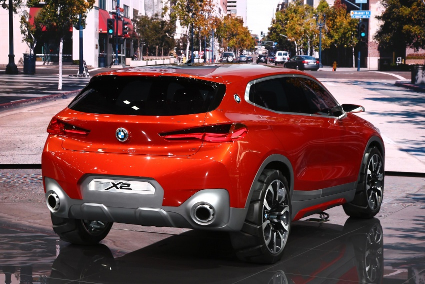 BMW Concept X2 unveiled in Paris – it's the 'X1 Coupe' Image #558276