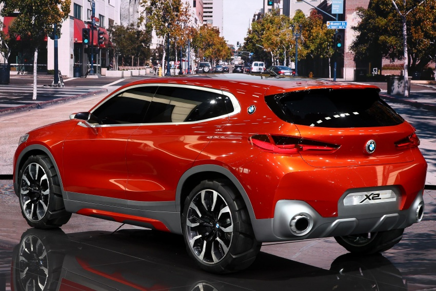 BMW Concept X2 unveiled in Paris – it's the 'X1 Coupe' Image #558275