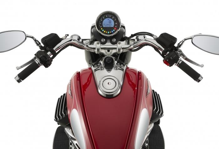 Moto Guzzi Vanguard jeans V8 custom replica Image #545794