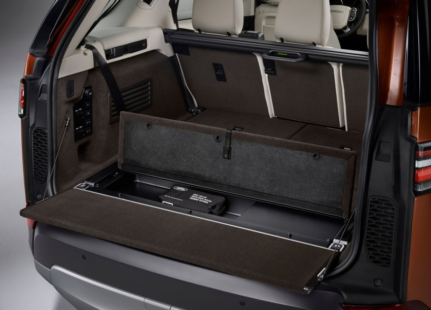 New Land Rover Discovery: full 7-seater, 480 kg lighter Image #555541
