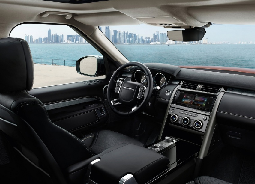 New Land Rover Discovery: full 7-seater, 480 kg lighter Image #555545