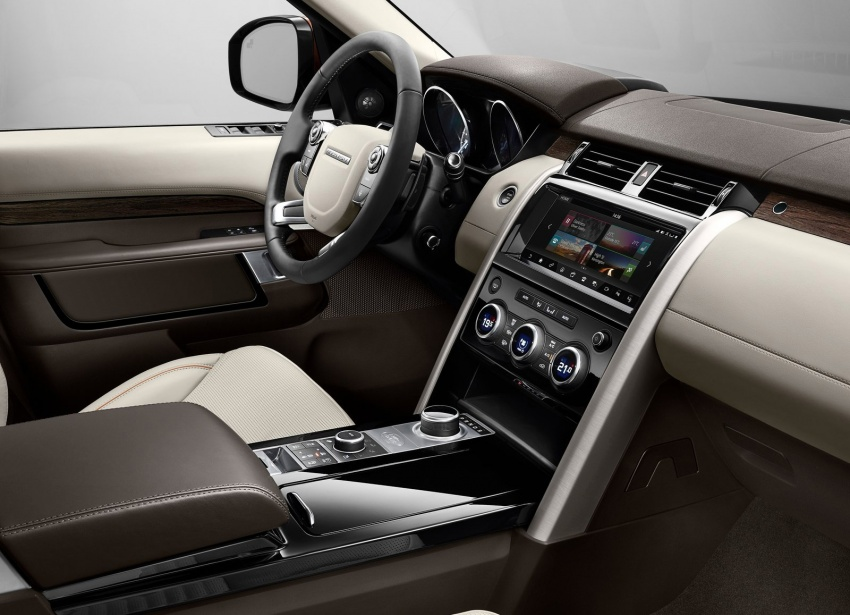 New Land Rover Discovery: full 7-seater, 480 kg lighter Image #555546