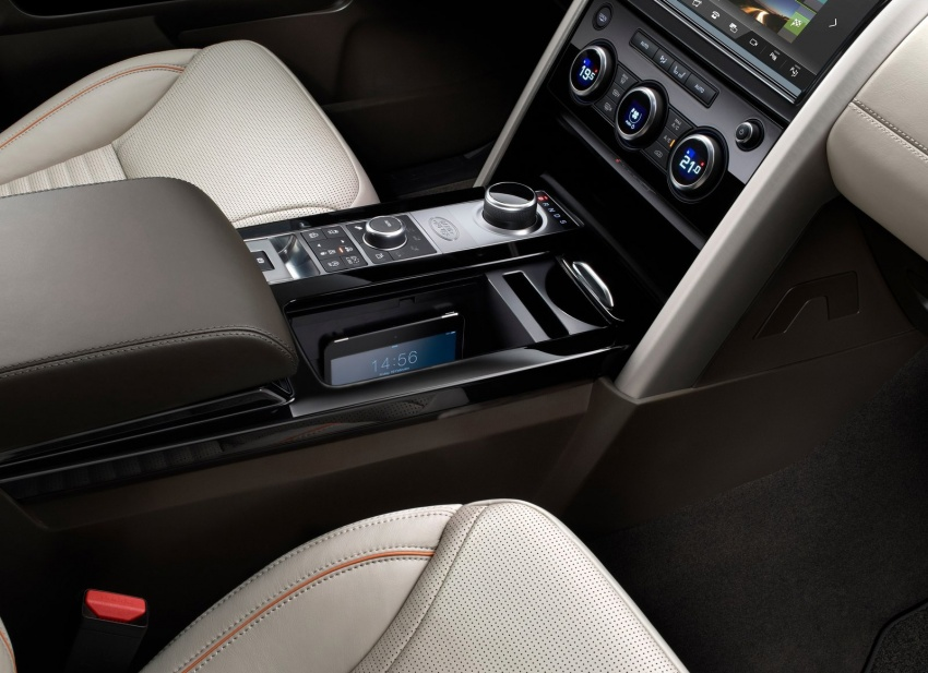 New Land Rover Discovery: full 7-seater, 480 kg lighter Image #555549