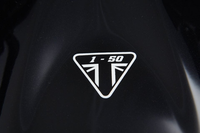 2017 Triumph Street Triple 675R 10th Anniversary limited edition – only 150 units to be made Image #553778
