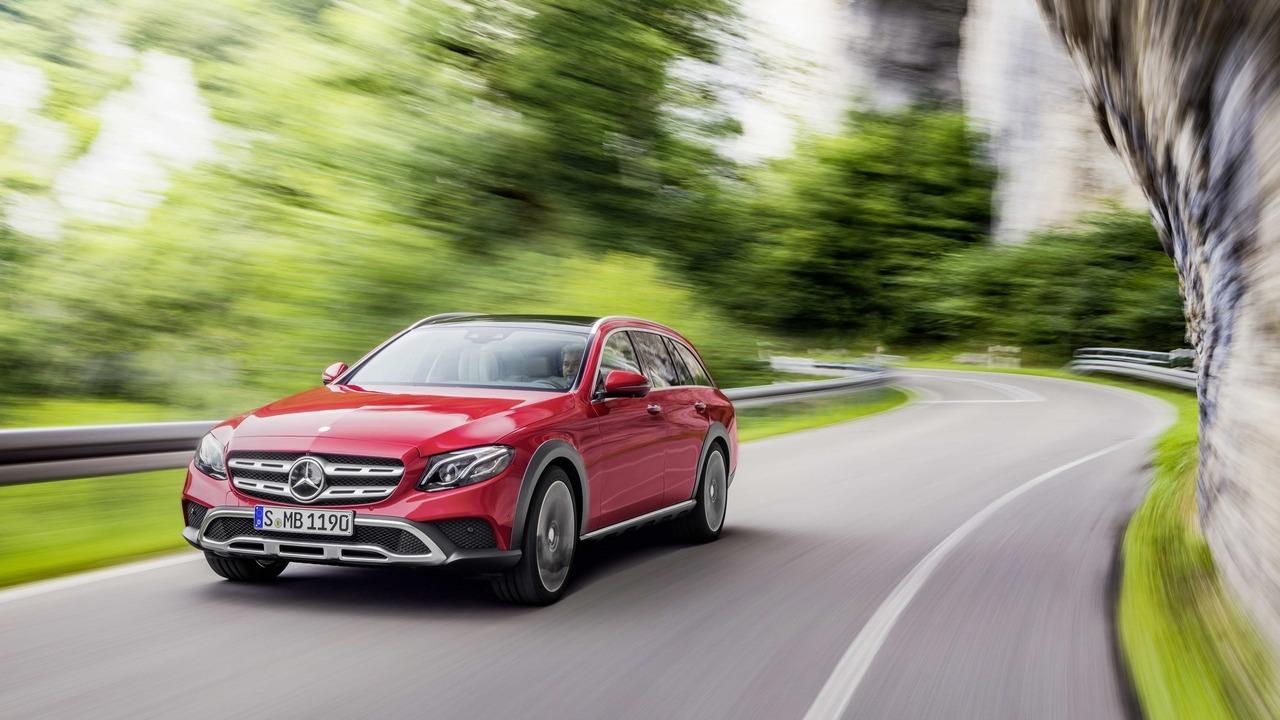 Mercedes Benz E-Class X213 All-Terrain bakal saingi Audi A6 Allroad dan Volvo V90 Cross Country ...