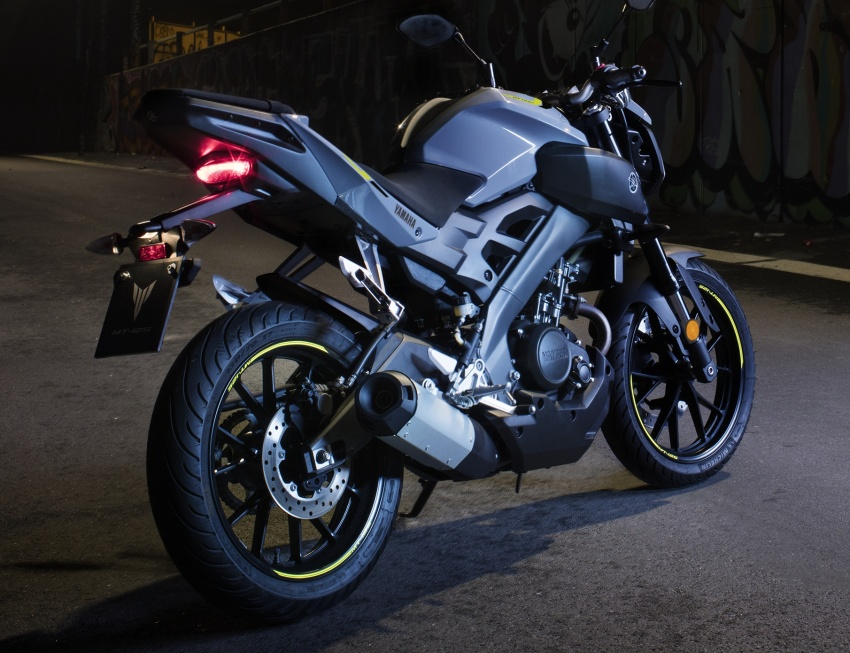 2017 Yamaha motorcycles get new colour schemes Image #556336
