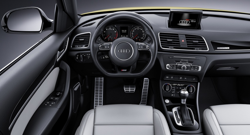 Audi Q3 facelifted again, adds S line competition trim Image #549493
