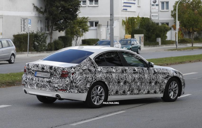 VIDEO: G30 BMW 5 Series teased ahead of Paris debut Image #547396
