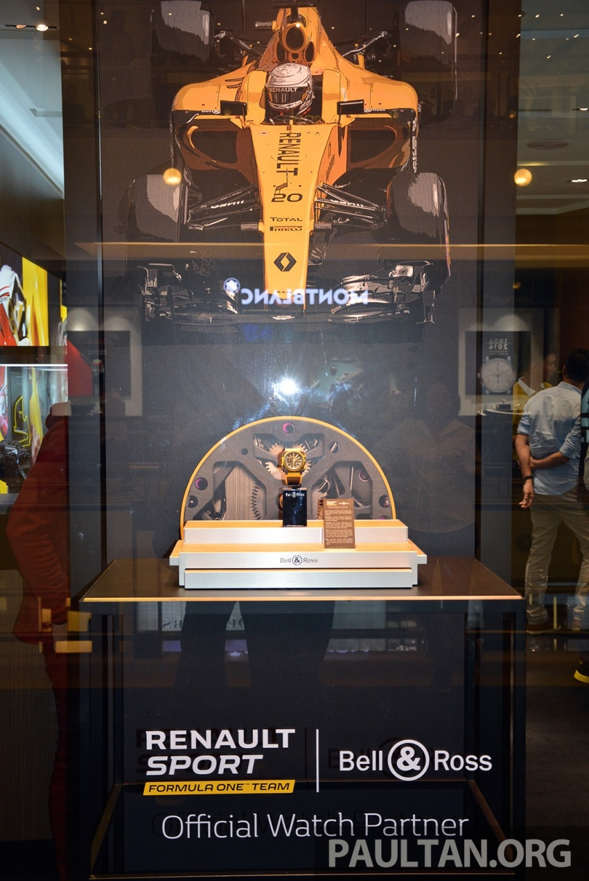 Bell & Ross joins forces with Renault F1 Team – limited edition BR-X1 RS16 Tourbillon for RM691k Image #549463