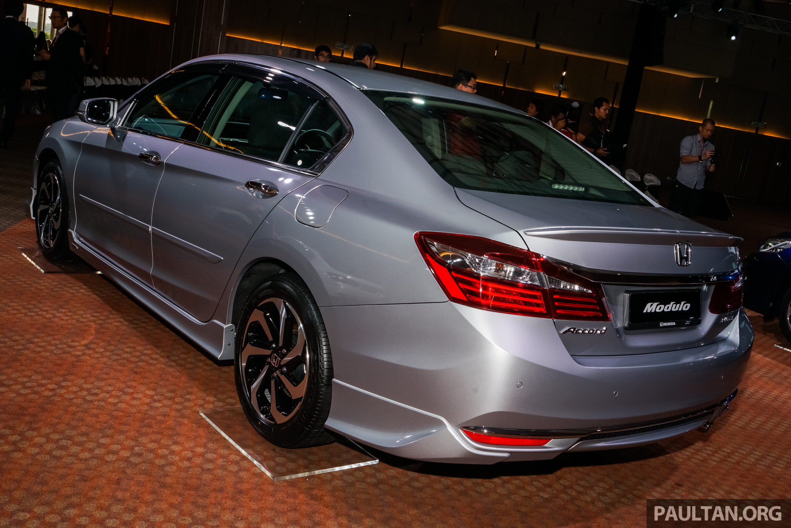 2016 honda accord facelift now in m sia from rm145k 2 4 for Honda accord 2 0