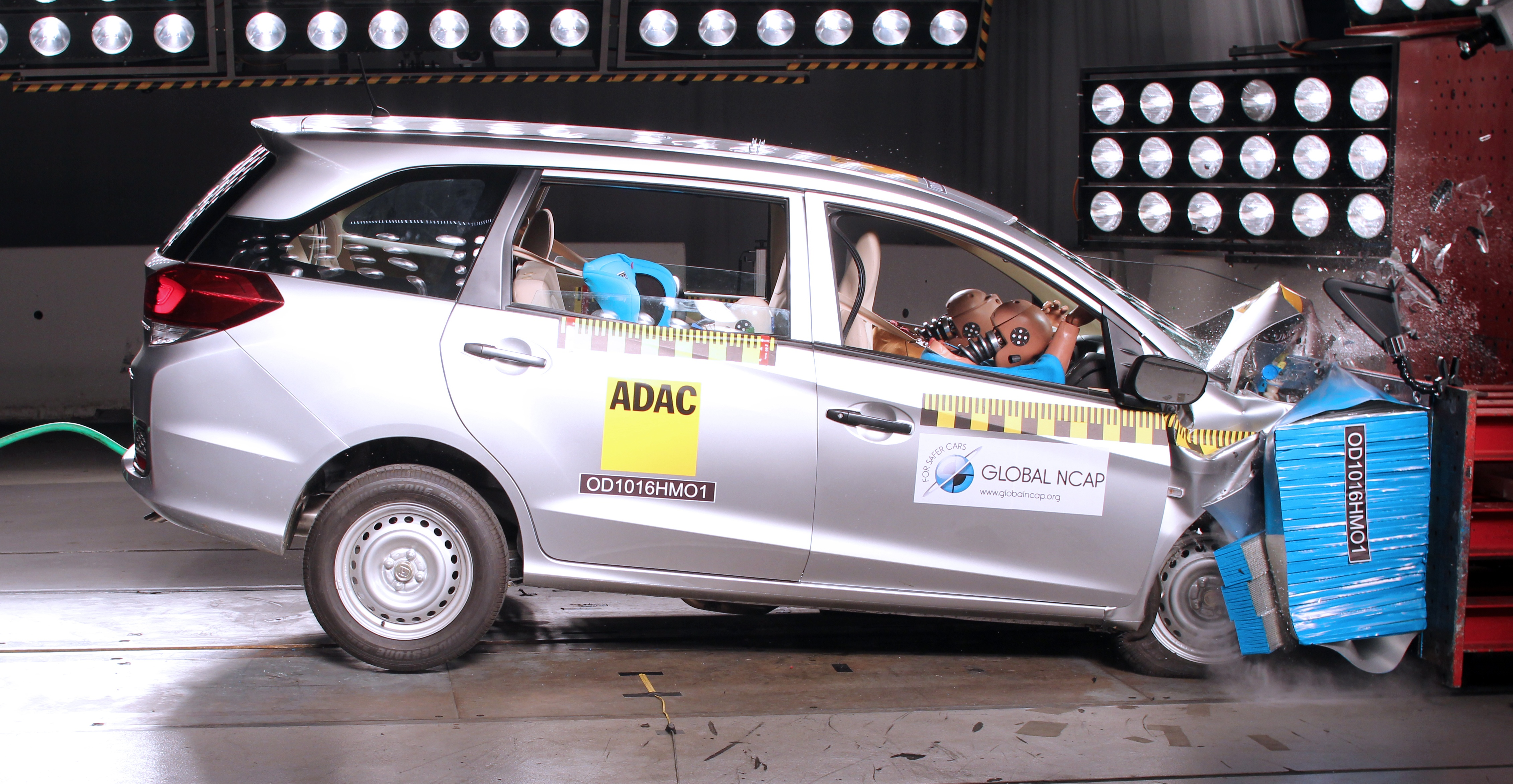 global ncap honda mobilio s 0 star rating 3 star with