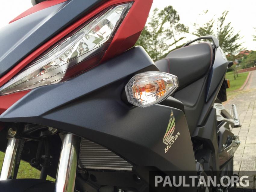 Honda RS150R vs Yamaha Y15ZR – Dua model terhangat bersemuka dalam segmen kapcai sports Image #549526