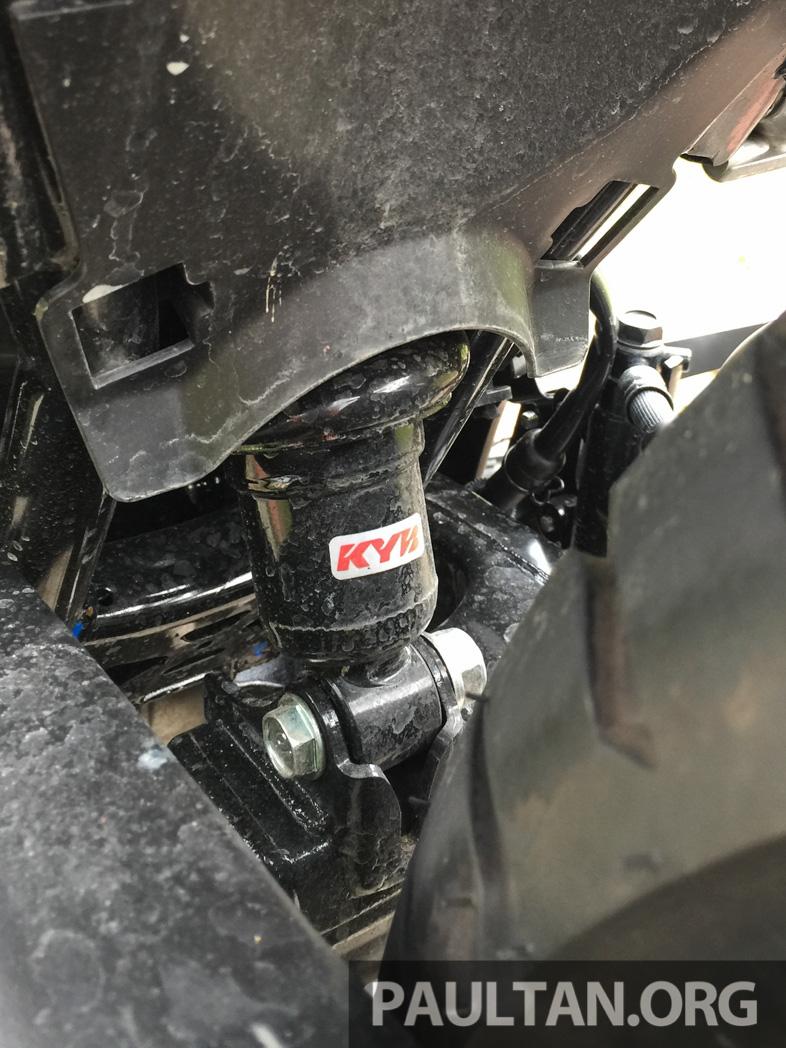Honda RS150R vs Yamaha Y15ZR – Dua model terhangat bersemuka dalam segmen kapcai sports Image #549531