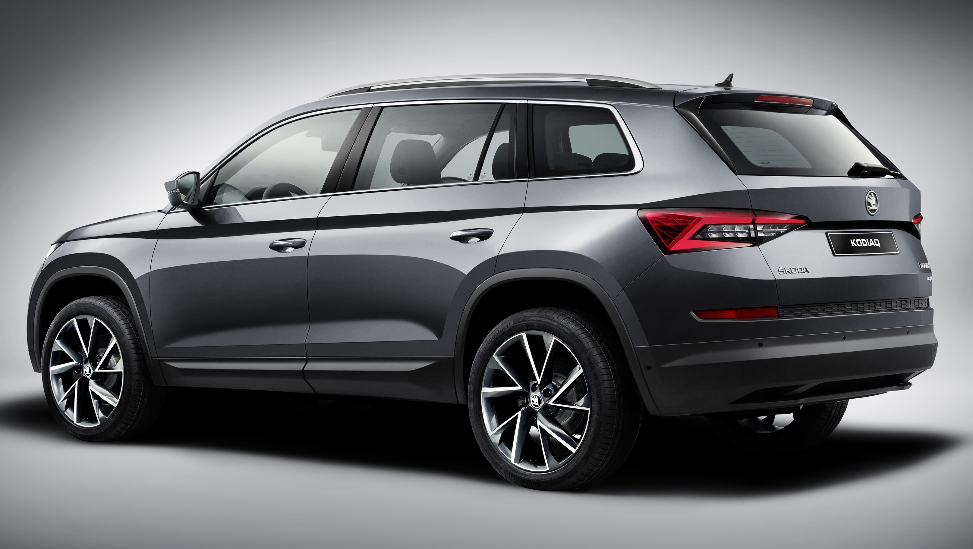 skoda kodiaq suv finally unveiled up to 7 seats image 543286. Black Bedroom Furniture Sets. Home Design Ideas
