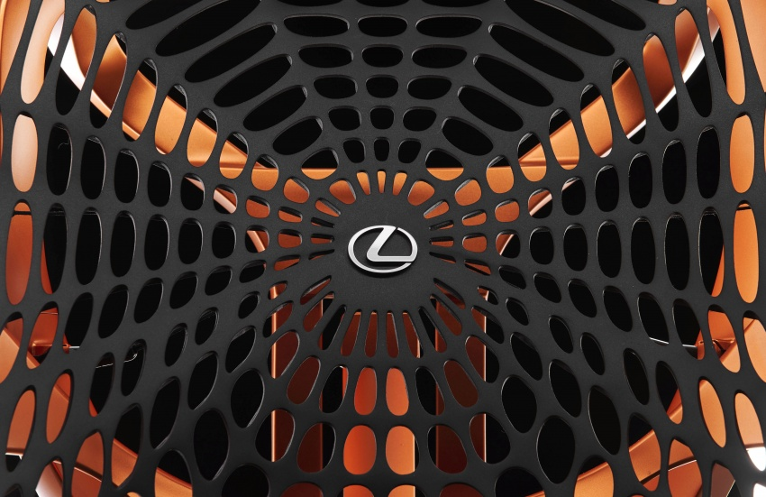 Lexus Kinetic Seat Concept – lighter and comfier Image #549876