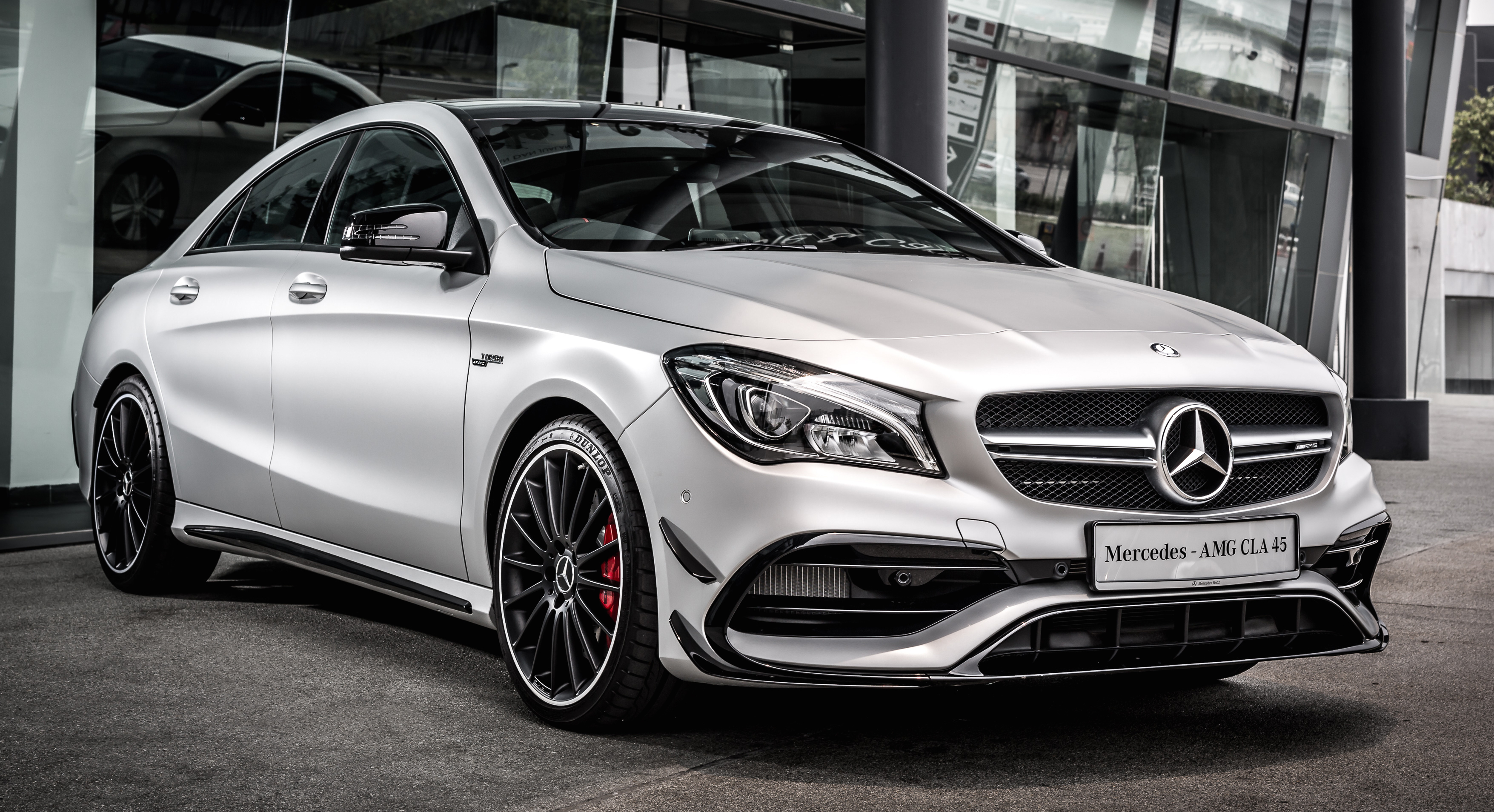 mercedes benz cla facelift launched in m 39 sia cla200. Black Bedroom Furniture Sets. Home Design Ideas