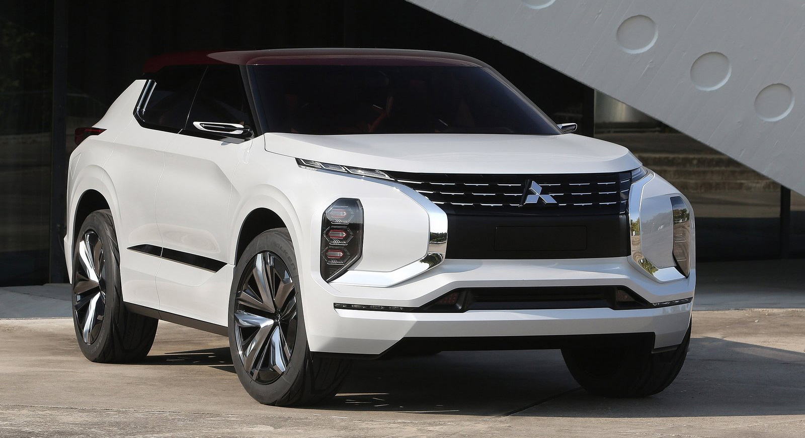 Cars Made In Canada >> Mitsubishi GT-PHEV Concept - previews next Pajero?