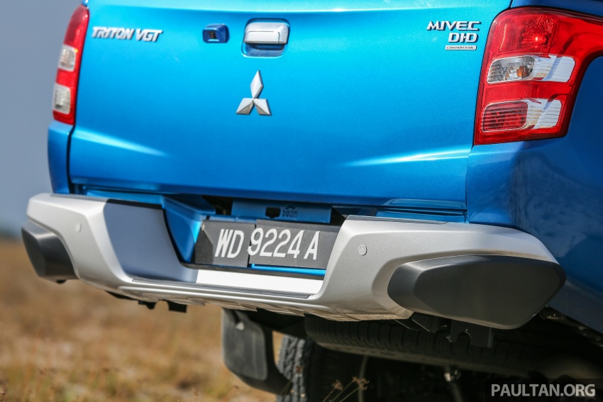 New Mitsubishi Triton 2.4L MIVEC vs old 2.5L DI-D – how much more economical is the new diesel engine? Image #556167