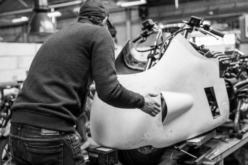 Moto Guzzi Vanguard jeans V8 custom replica Image #545743