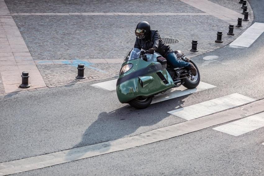 Moto Guzzi Vanguard jeans V8 custom replica Image #545735